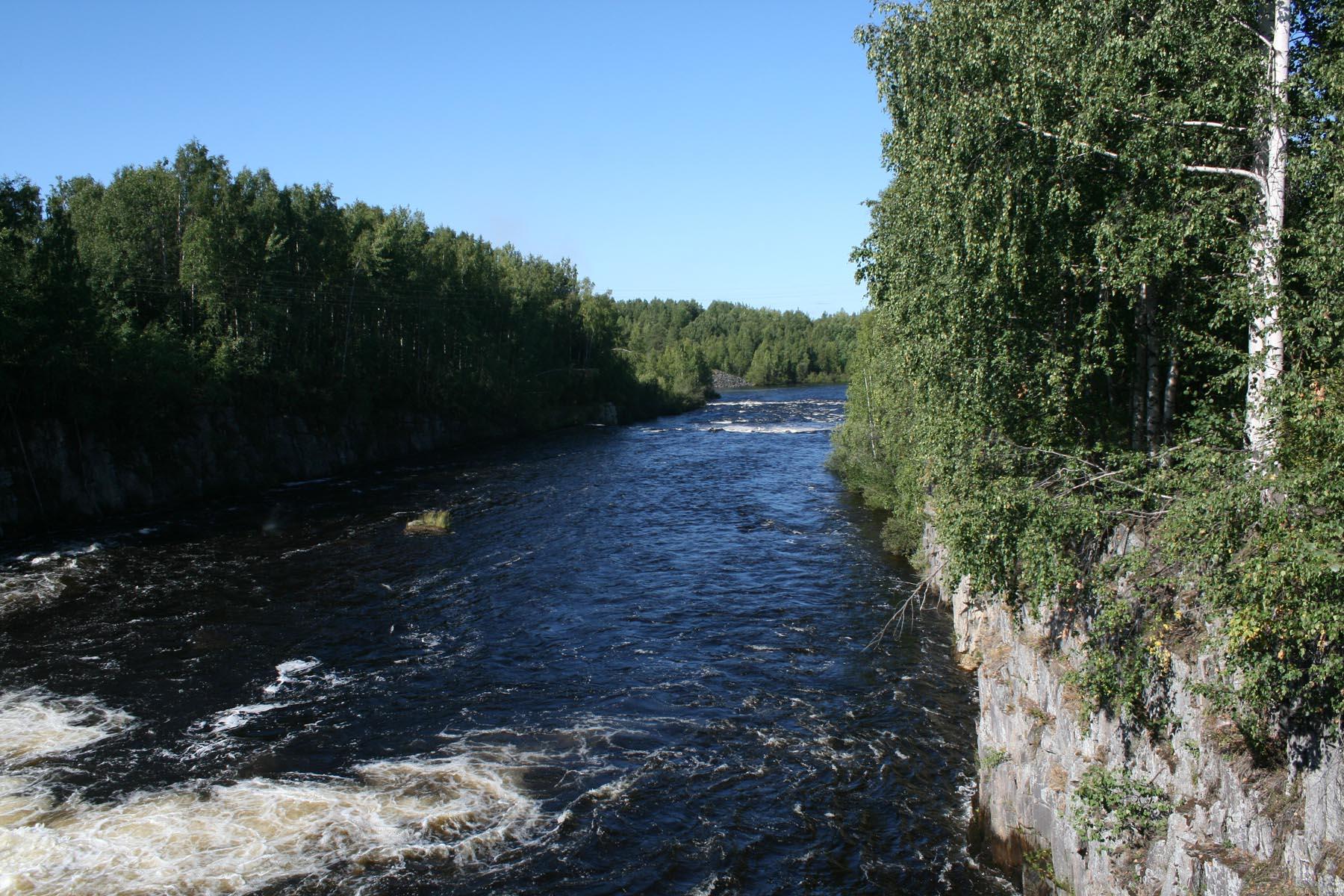 Водосброс Надвоицкой плотины