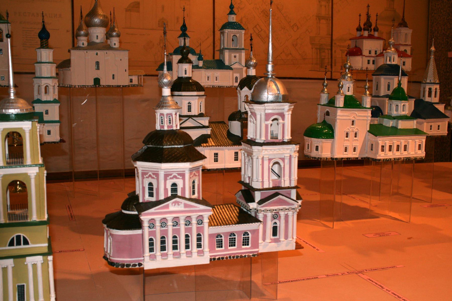 Реконструкция церквей