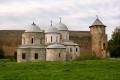 Церкви и Воротная башня