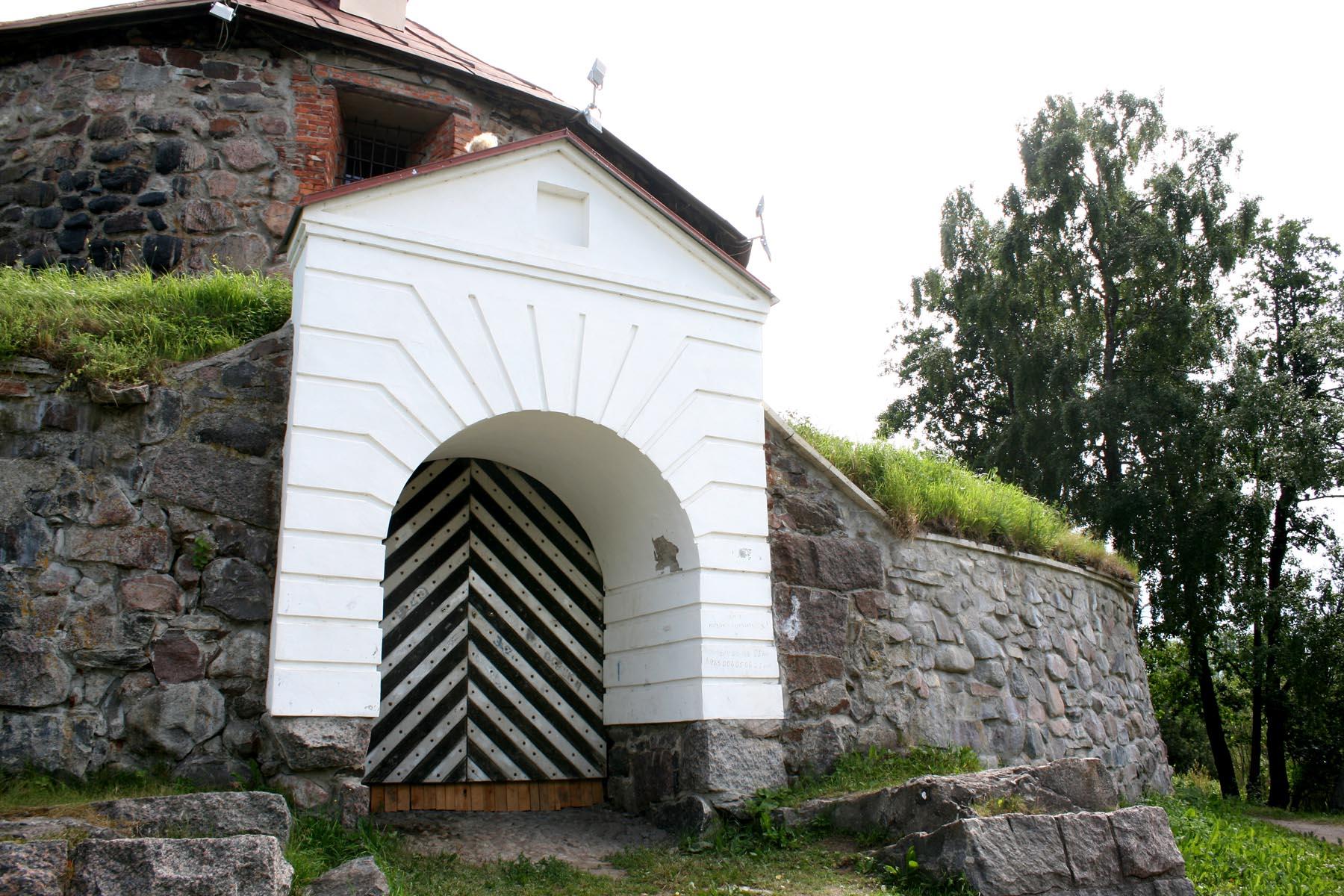 Ворота из башни