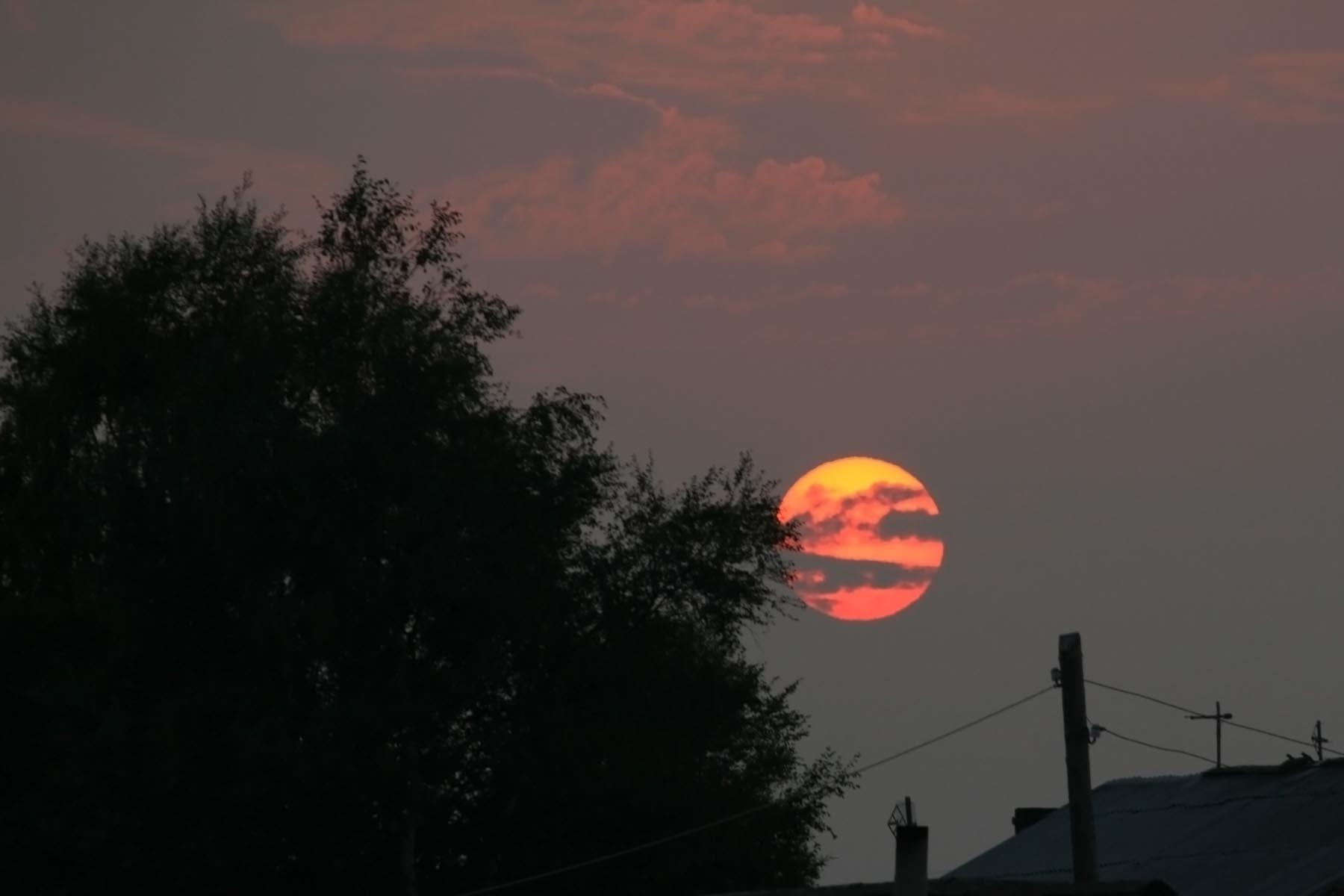Солнце на причале в Кеми
