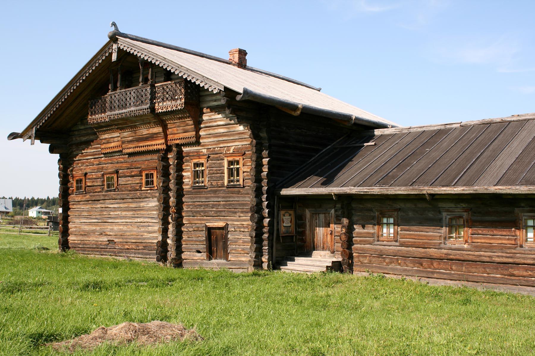Дом Болотовой