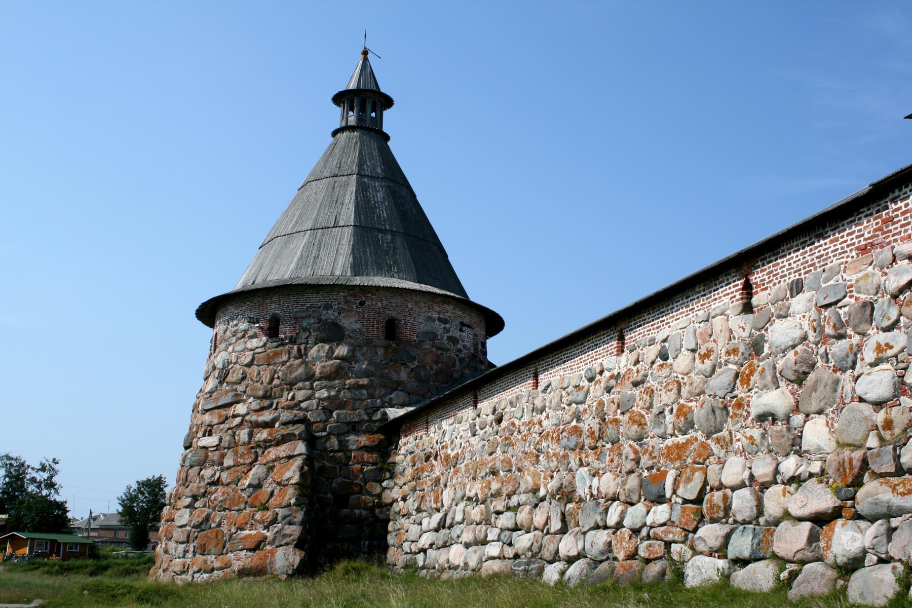 Белая (Головленкова) башня