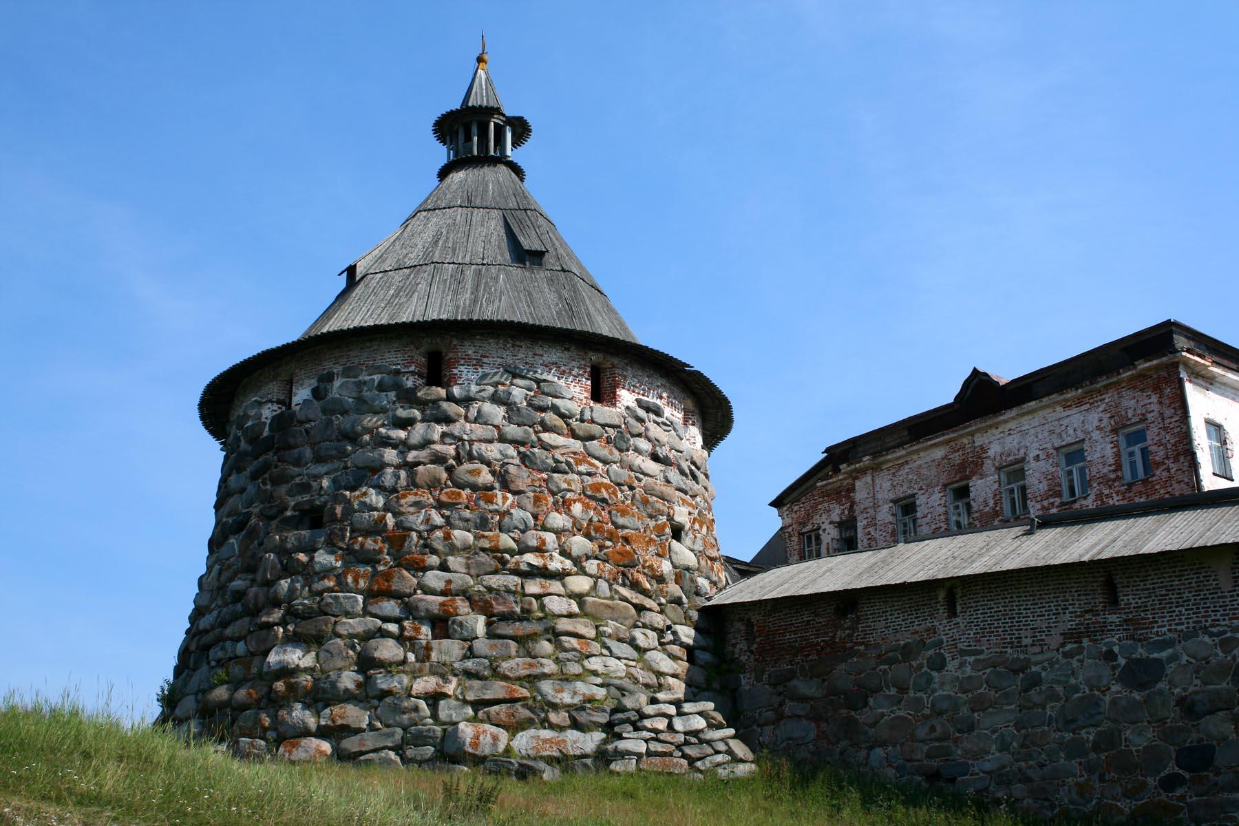 Корожная башня