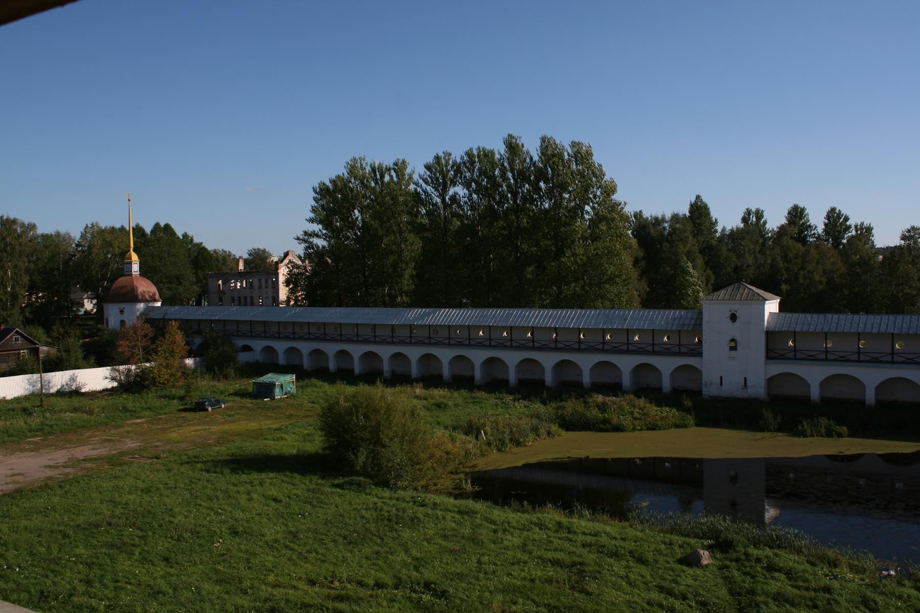 Башня раскат и озерная башня