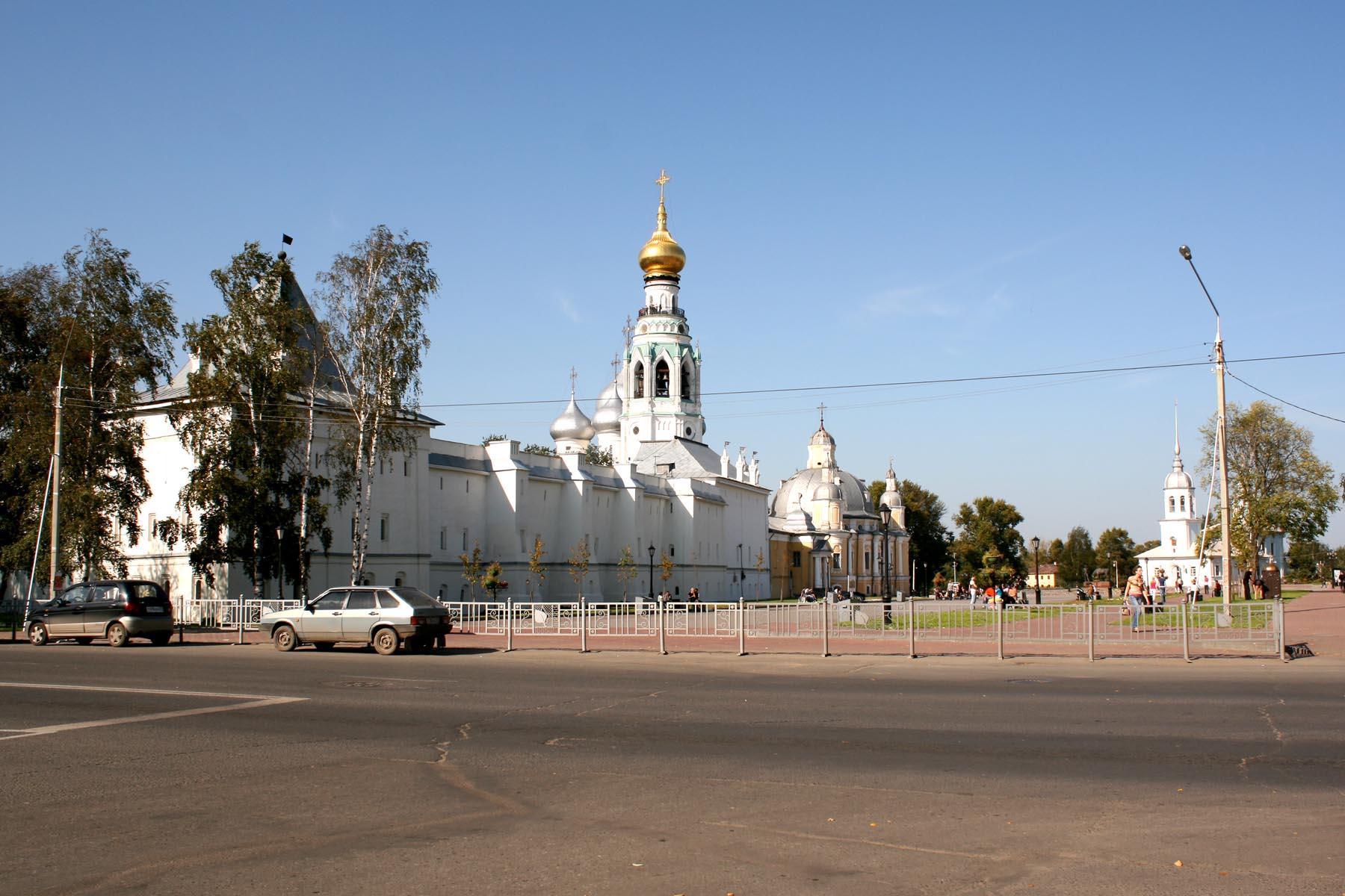 Кремлевская площадь Вологды